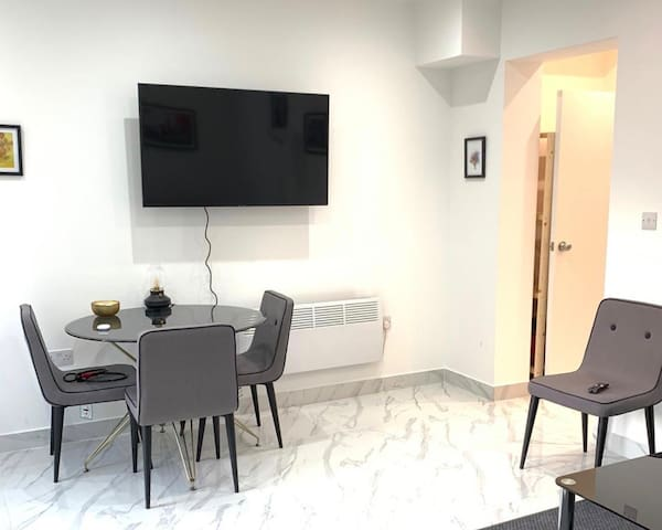 Modern & Spacious 1 Bed flat Hendon Central