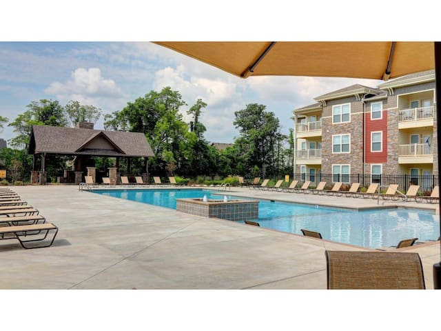 Luxury room with convient, fun attractions nearby! - Murfreesboro - Apartment