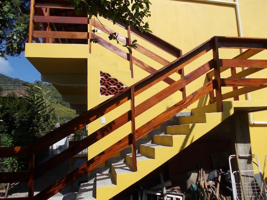 Escada para o apto 3