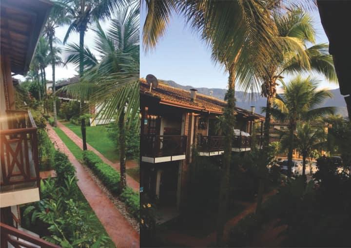Apartamento Encantador na Praia da Baleia - E8