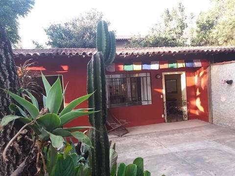 Casa c/jardim em Macacos, perfeita p/ quarentena!