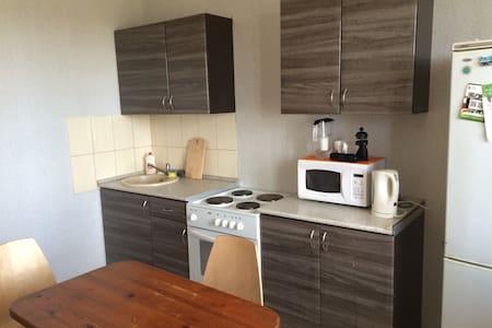 Уютная квартира с хорошим видом - Zelenograd - Huoneisto