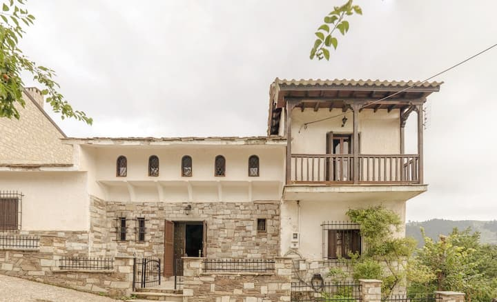 Aloades Mansion House in Pindus Mountain Range