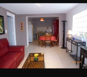 3 pièces meublé 70 m2  en  Provence - Noves