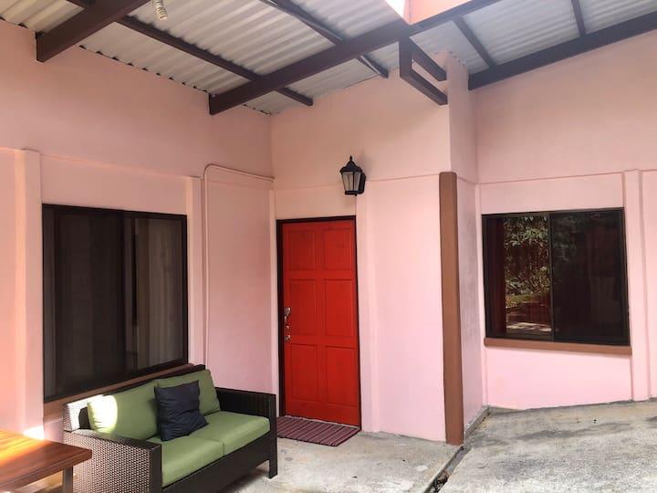 Casita Rosa, rainforest little house Nuevo Arenal
