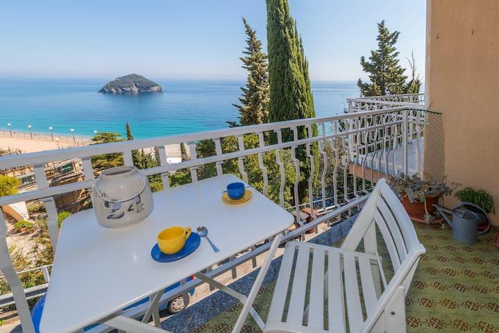 Golfo dell' Isola - Terrazza, Mare e Relax - Spotorno - Wohnung