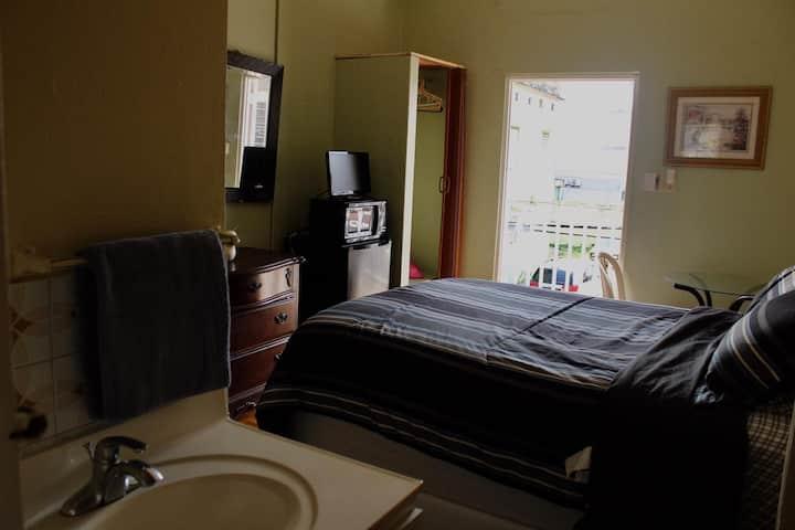 Jibarito's room @ Jibarito's Place