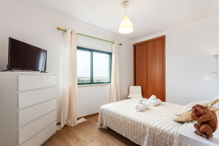 Walya Room! In Style by Faro Airport & Beach