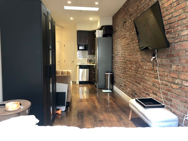 Charming West Village Apartment! Best location