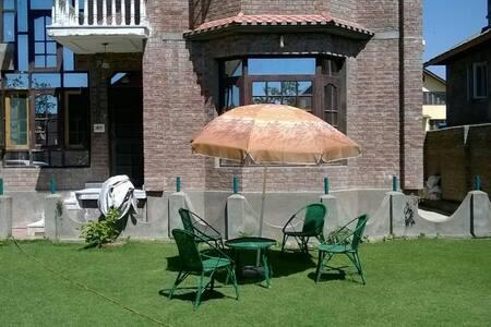 Juniper Inn - Srinagar - Hus