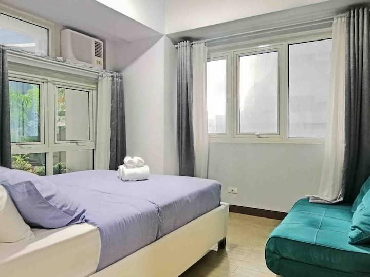 1 Bedroom condo unit #FreeNetflix #Fiberinternet