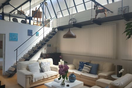 Loft avec patio en hypercentre