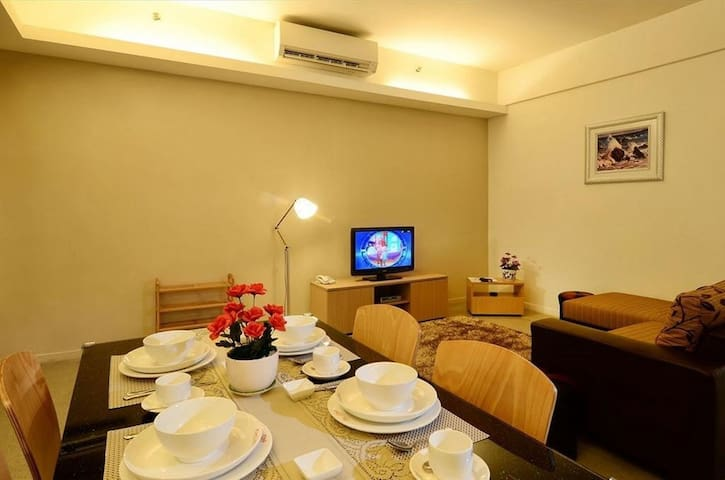 3-7 Pax | 300m LRT - Family House @ Chan Sow Lin