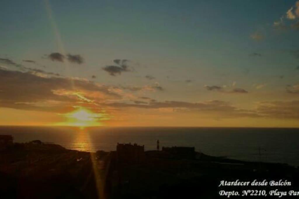 Atardecer desde el balcón Depto Valparaiso