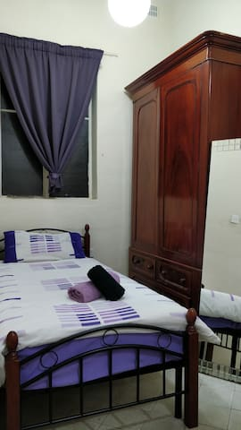 Airbnb Ellul in the heart of Valletta, Single Room