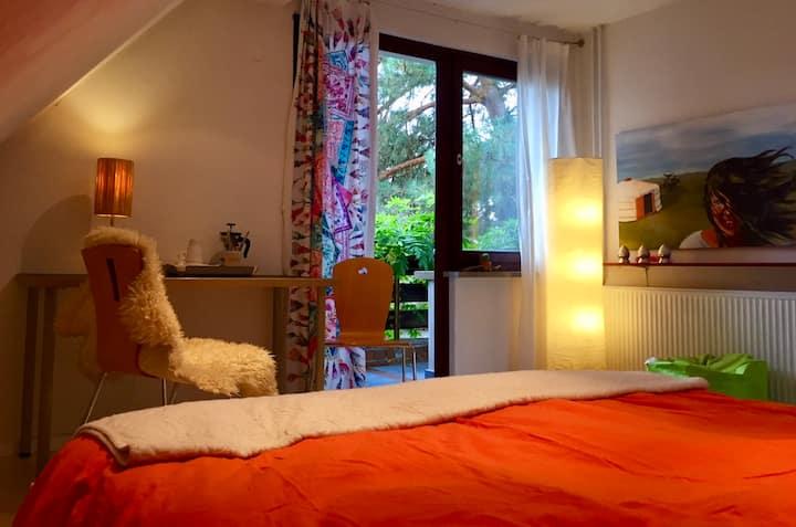 bequemes,sonniges Quartier mit Balkon und Garten!