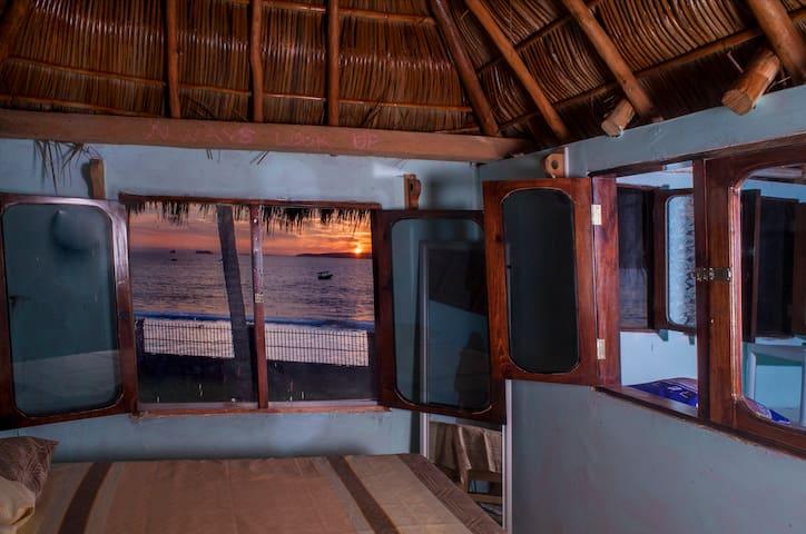 Crocodile Bar and Cabañas:On beach, upstairs cabin