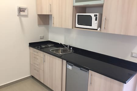 Furnished Apartment in Yarzeh (1D) - Yarzeh - 公寓