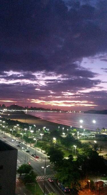 Imagem tirada no amanhecer da cidade de Santos