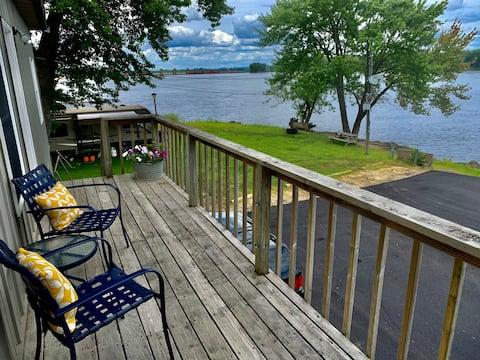 Mississippi River Cabin