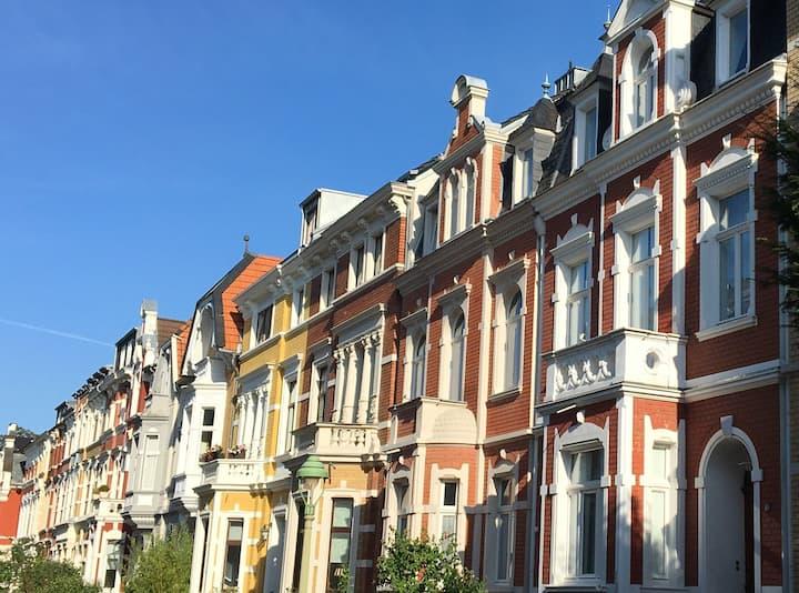 Sonnige Altbauwohnung in der Bonn Südstadt