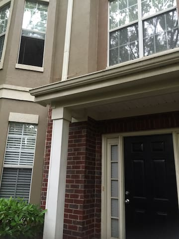 Luxury Townhouse in Perimeter - Dunwoody - Rumah