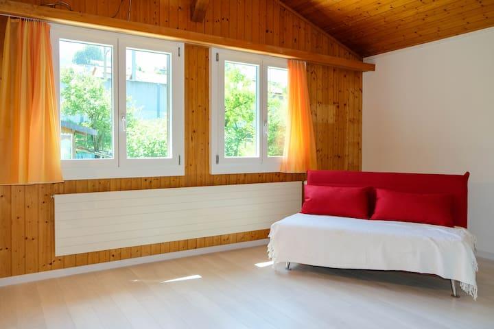 Schlafzimmer 3 (Ausziehsofa)