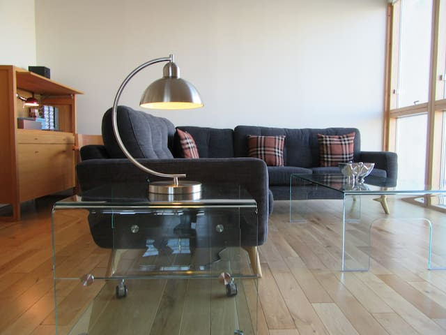Amazing Views - Luxury 2 bedroom Apartment - Glasgow