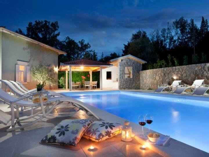 Villa Atlas - Lovran, Istria, Croatia