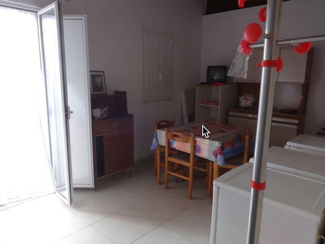 Attico con veranda vicinissimo terme e mare - Margherita di Savoia - Wohnung