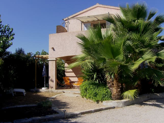 Porticcio Mini villa , 2 terrasses, jardinet privé