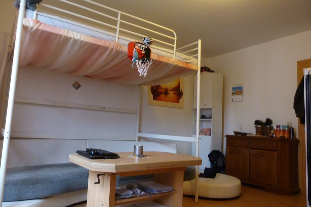 studententraum in aachen auch f r nicht studenten wohnungen zur miete in aachen nordrhein. Black Bedroom Furniture Sets. Home Design Ideas