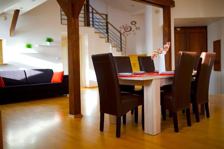 Riverview Duplex II Apartm. Prague