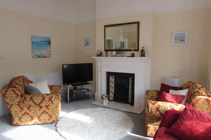 Entire apartment- long lazy seaside weekend break