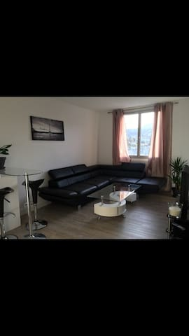 Belle appartement F2 de 45m2 avec balcons. - Clermont-Ferrand - Διαμέρισμα