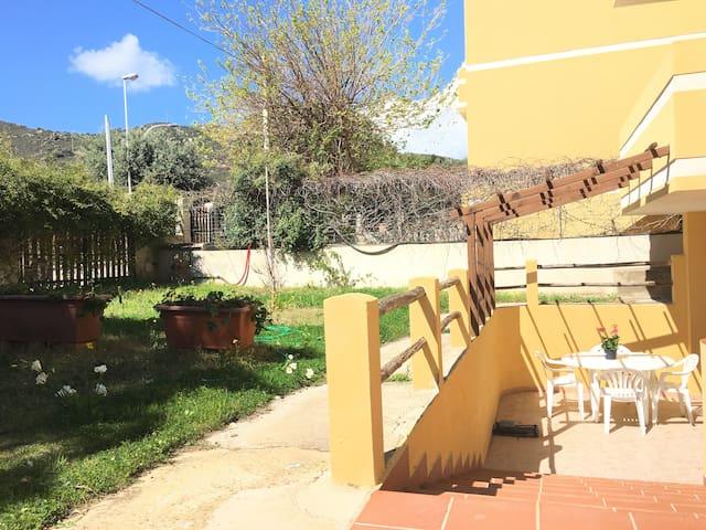 "Appartamenti ""Gardenie""!semplicità e funzionalità!"