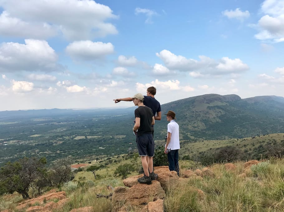 Overnight guests have free access to a self-guided hike in the Magaliesberg Biosphere.