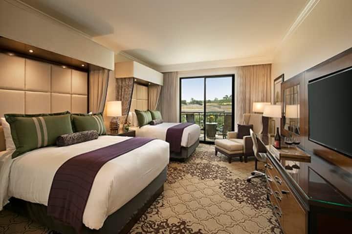 Premier 2 Queen Room Vista Collina Resort