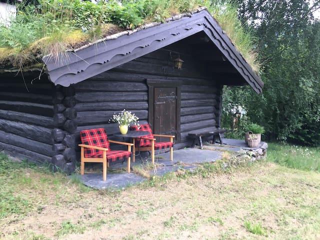 Tørrstuggu - sjarmerende hytte på Heggerud Gard