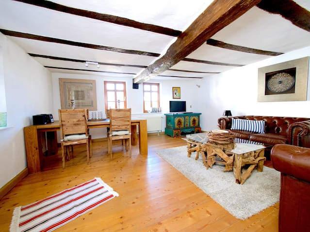 Romantic Chic in Taunus forest close to Frankfurt - Braunfels - Casa