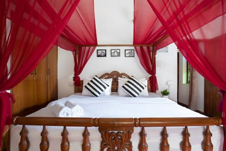 The Vintage Villa | Anjuna | Goa-By Homestay DaDDy