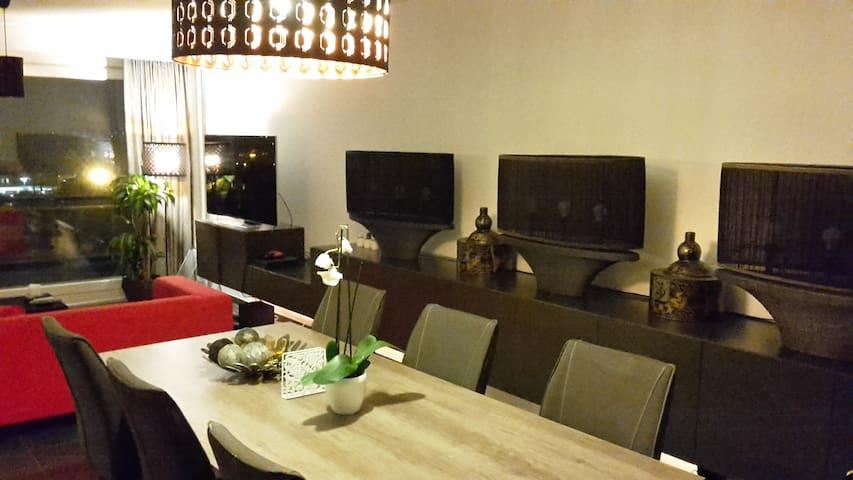 Amazing views, Location, Free Parking, Luxurious - Antwerpen - Apartment