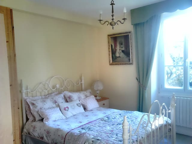 Comfort and Quality - Saint-Vincent-la-Châtre - Bed & Breakfast