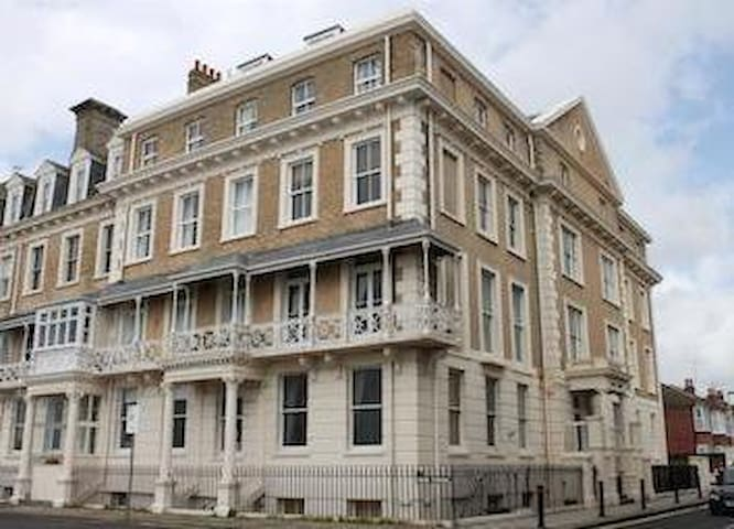 Seaside Peaceful Little Heaven (close to Brighton) - Worthing - Wohnung
