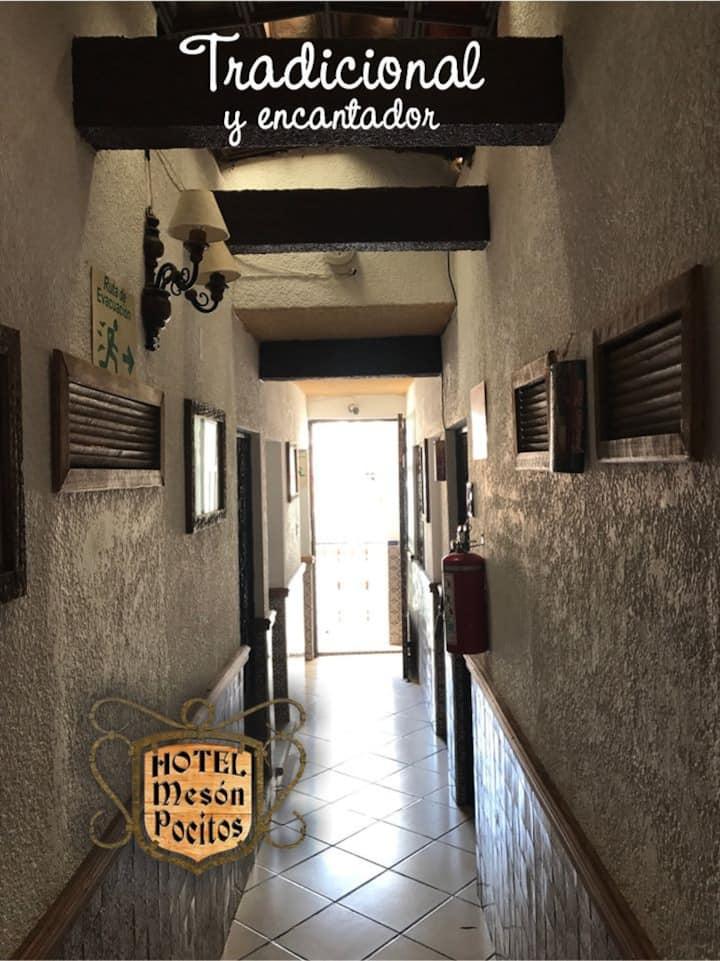 Hotel Mesón Pocitos Hab 8