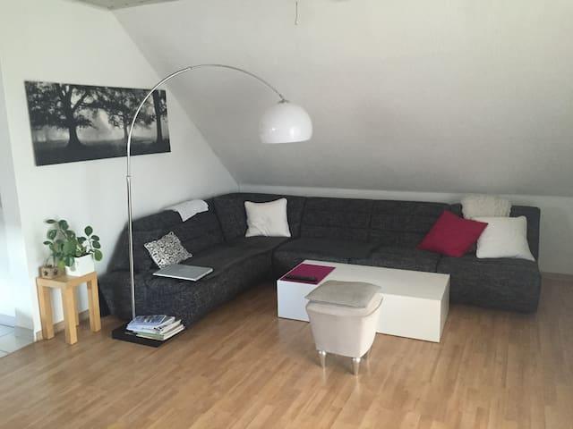 Gemütliche Dachgeschosswohnung - Geldern - Apartment