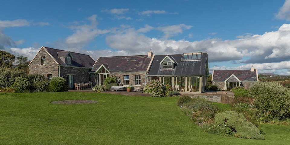 Spectacular Waterfront Property Ballydehob - Ballydehob - House