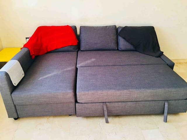 """""""Mo-house"""" Casa Voyageurs:Couch Bed(Living Room)"""