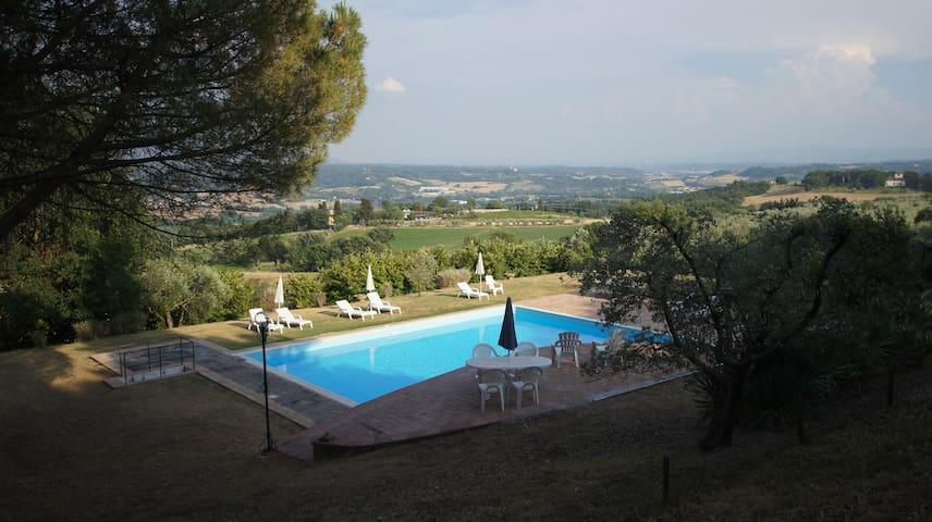 Splendido Casale Con Piscina 18 Km Da Firenze Pini
