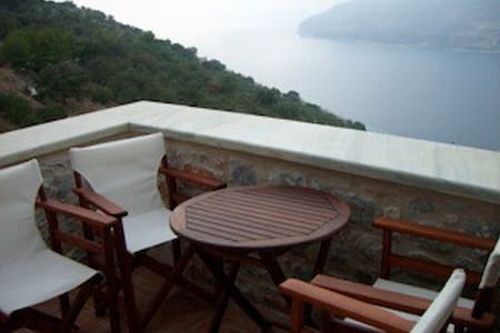 Peloponnese-Amazing views to Messiniakos bay-Mani - Lakonia - 连栋住宅